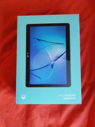 Tablet Huawei MediaPad T3. 10 con funda y embalaje