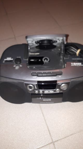 RADIO CASSETE + CD.