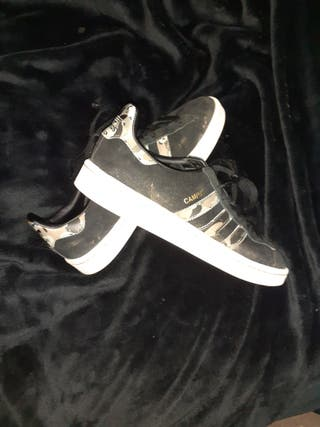 Size 7 Adidas Campus Trainers