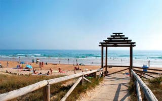 Fines de semana Abril y Mayo playa El Palmar