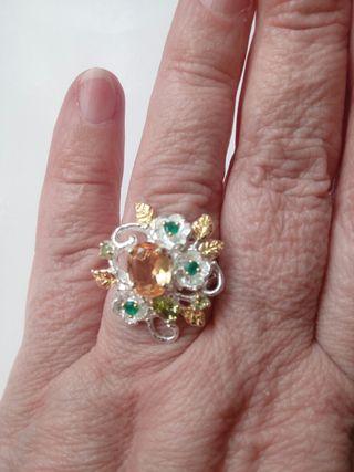 anillo de plata con piedra natural de Citrino