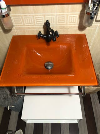 Lavabo de cristal naranja