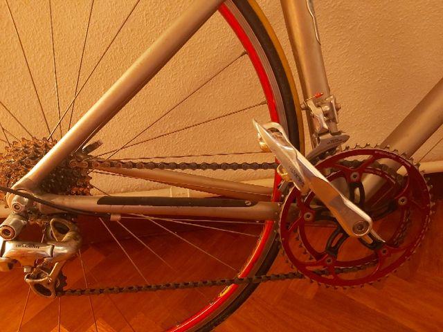 bicicleta GIANT carretera,Talla S/M .