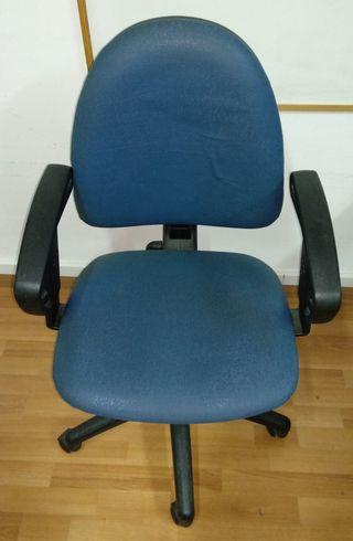 4 sillas de oficina. OFERTA PORQUE URGE VENDERLAS!