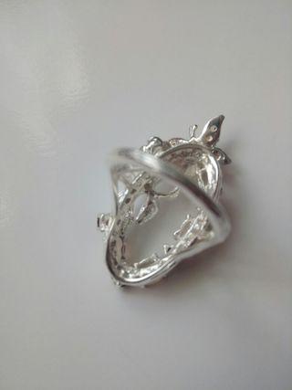 anillo de plata con piedra natural de Ópalo