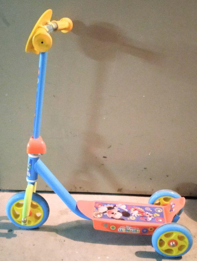 Patinete 3 ruedas Mickey Mouse