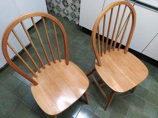 2 sillas de madera de estilo colonial