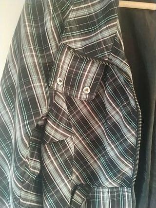 Chaqueta rayas,elastico cintura. tallas M o L