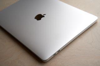 """MacBook Pro 13"""" i7 3.5 GHz 16 GB RAM, 512 GB SSD"""