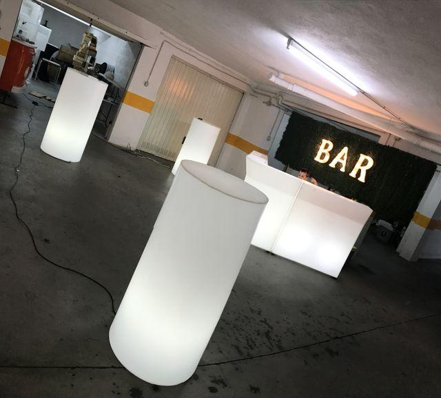 Mesas de bar en plastico polietileno
