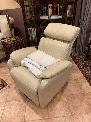 Sofá poli piel