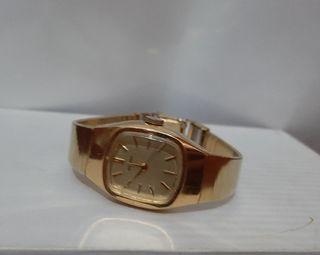 Reloj de vestir clásico para mujer SEIKO