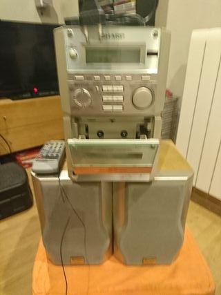 Mini cadena de radio cinta y cd mp4