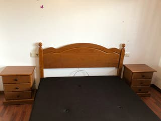 Conjunto dormitorio madera.