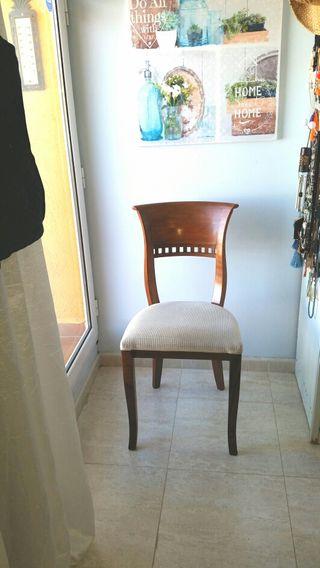 4 sillas estilo colonial de Banak