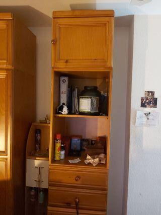armario de pino bueno