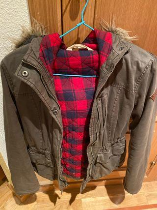 Abrigo verde Hollister pelo niña 11-12 años