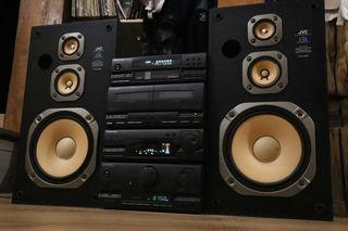 minicadena Pioneer+altavoces JVC