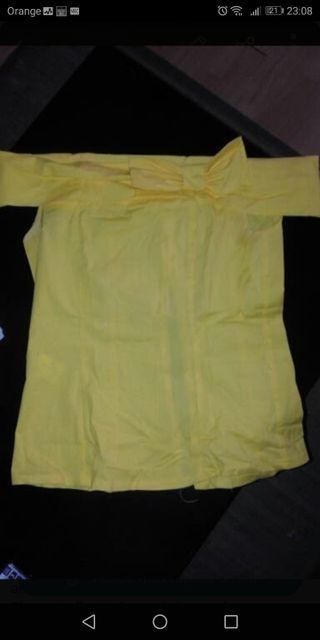 top blusa nuevo amarillo con lazo