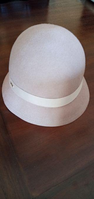 Sombrero de lana de Aïta