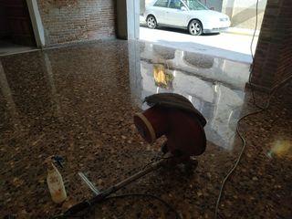 pulidor de suelos autónomo