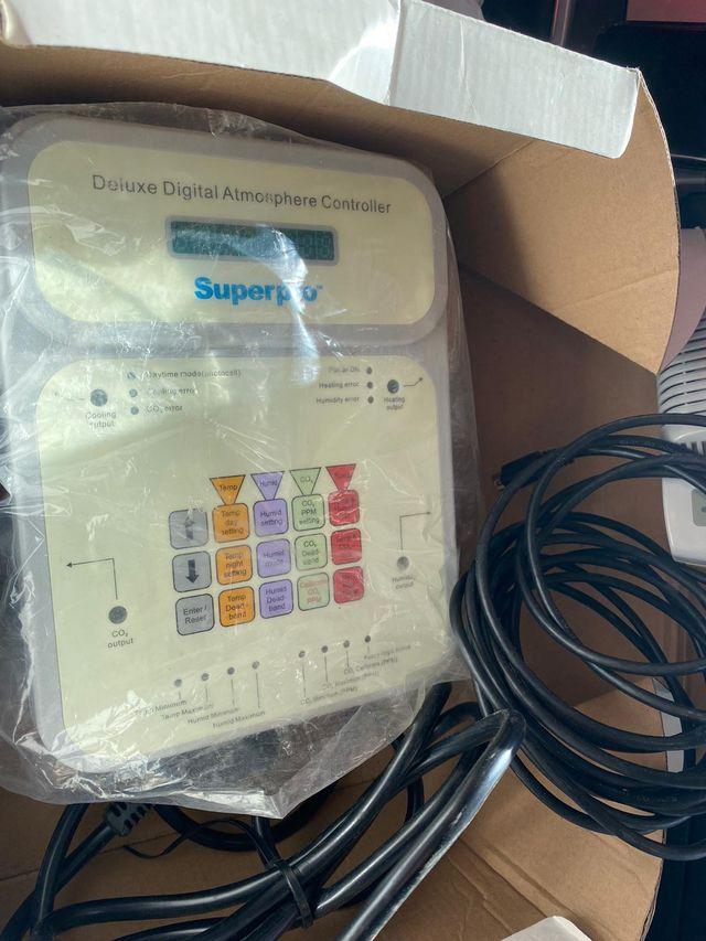 Super pro DDAC1 Digital Atmosphere Controler