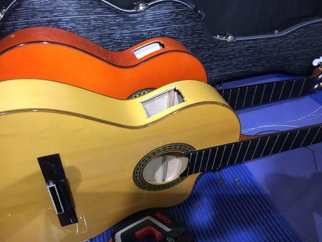 Reparación y Gomalaca para guitarras.