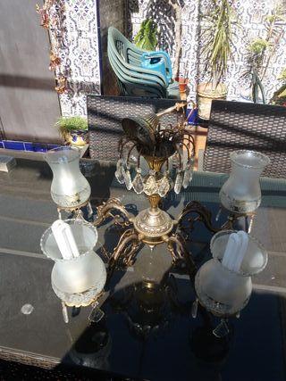 lampara antigua de bronce. en muy buen estado