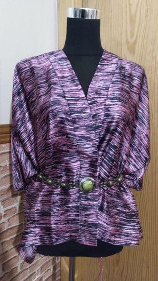 blusa poncho ( mirar talla)