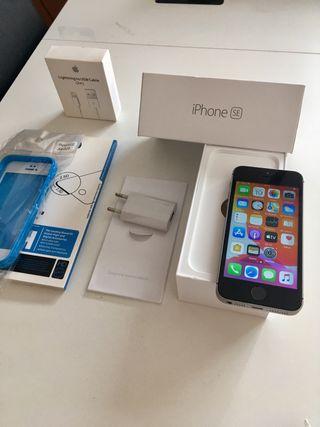 iPhone Nuevo SE 32GB con accesorios NUEVOS APPLE