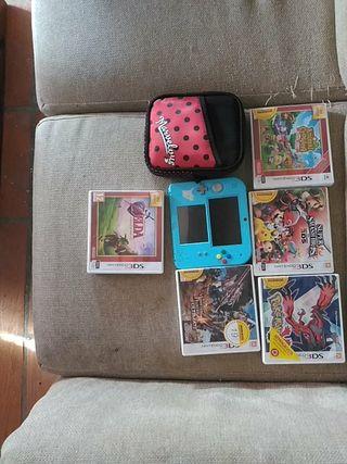 Nintendo 2ds Version especial Pikachu+5 juegos