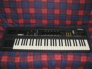 1986 Ensoniq ESQ-1 sintetizador vintage