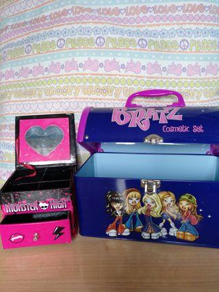 Maletín Bratz y joyero Monster High