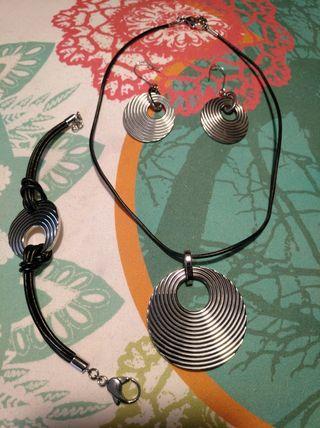 Precioso conjunto de acero y cuero Lotus Style