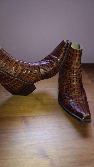 botas de piel de cocodrilo del número 46