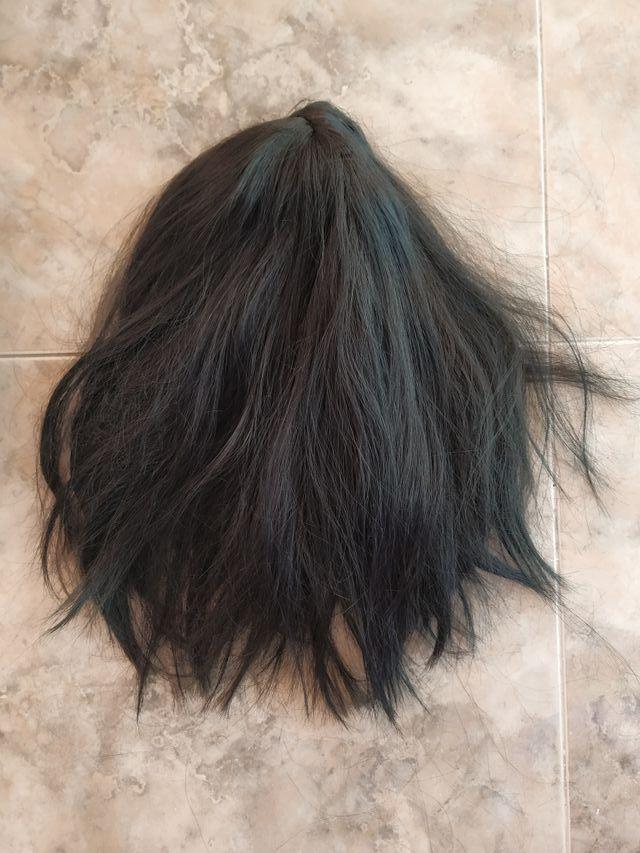 peluca negra lisa