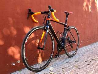 se vende bicicleta de carretera