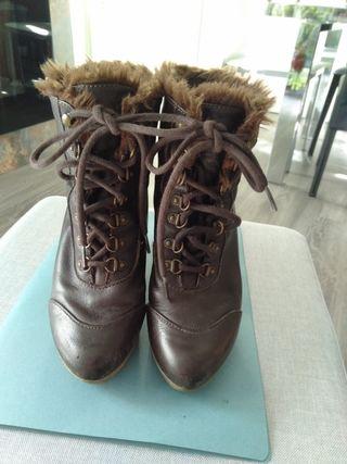 botines de piel marrón zara