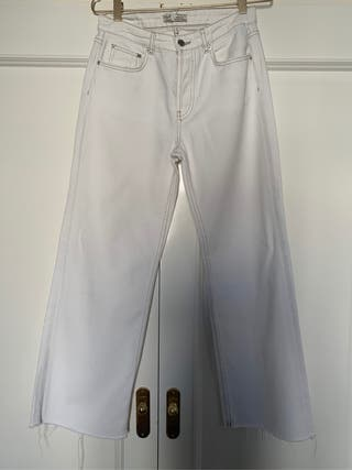Jean blanco zara talle 36 un solo uso
