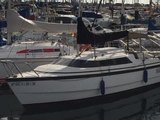 Barco moto velero Max Gregor 26