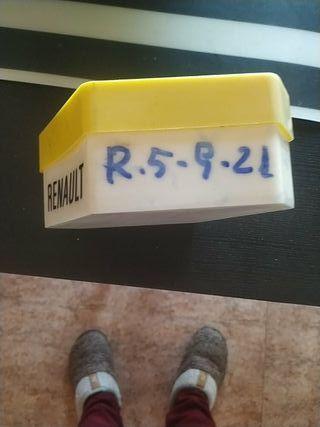 estuche lámparas Renault -5-9-21-nyevas de origen