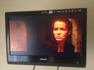 tv lcd de 19 pulgadas toshiba con hdmi,tdt hd,etc