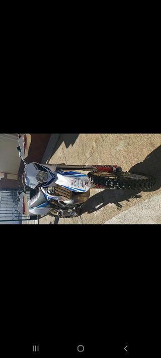 vendo o cambio gas gas 300 2t 2012