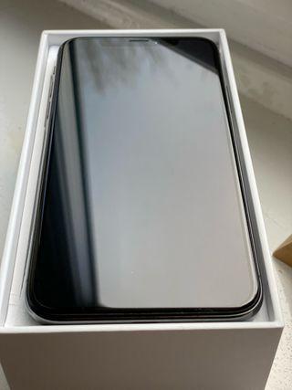 Apple iPhone X - 64GB - Space Grey Unlocked