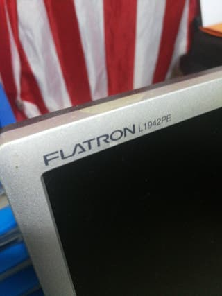 Monitor Flatron L1942 PE