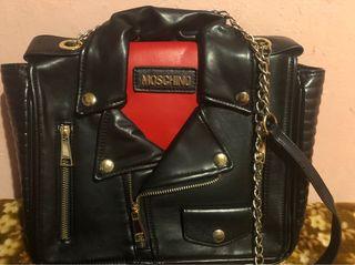 Bolsos imitación Moschino y Gucci