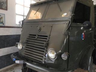 Renault Militar R 2087
