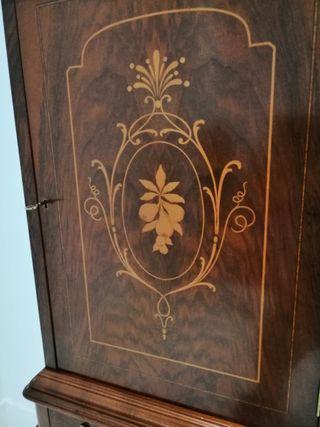 Mueble clasico