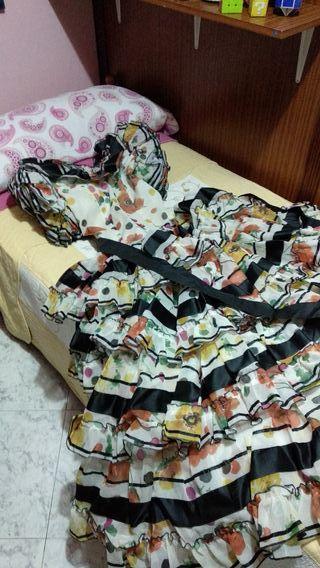 Traje de flamenca talla 48