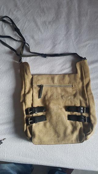 bolso hombre Zara